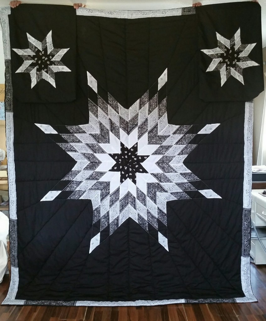 King - Size Bandana-style star blanket with matching pillow cases