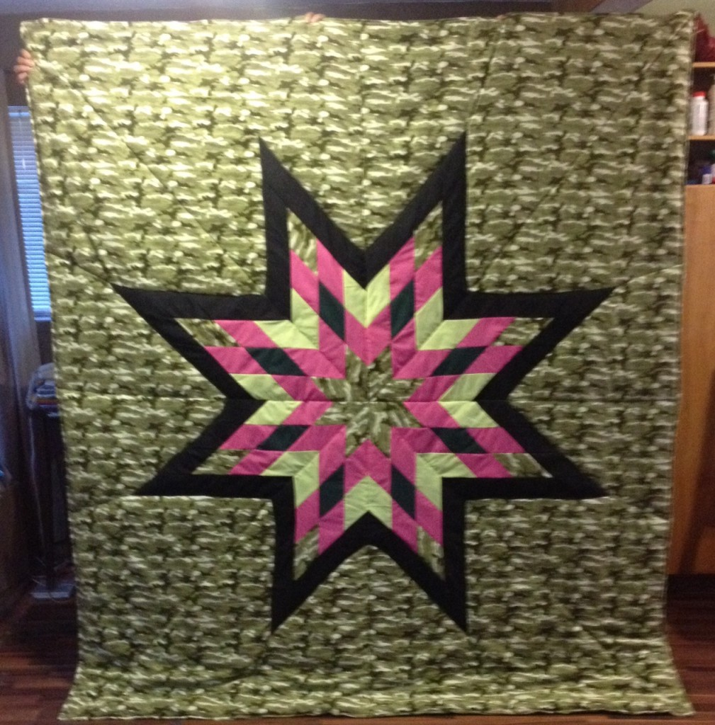 Green Camouflage Queen Star Blanket